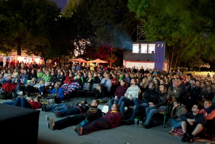 Open Air Kino am Karlsplatz